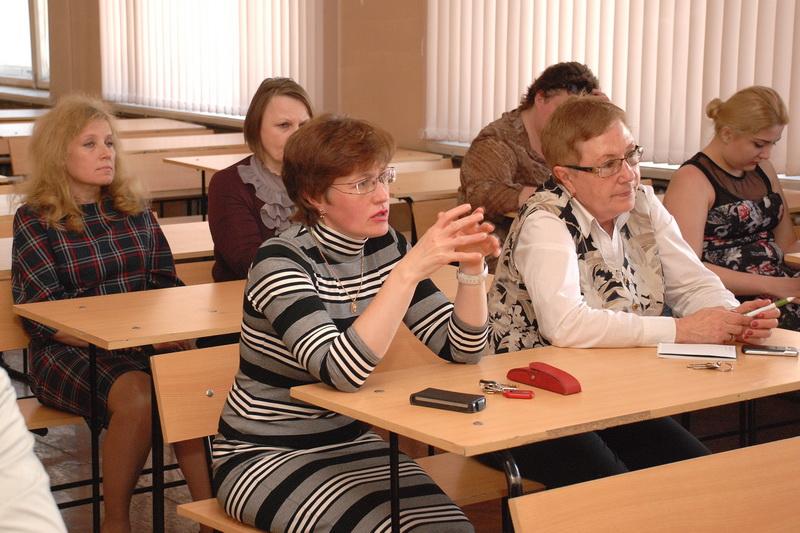Преподаватель и студентка русские 7 фотография